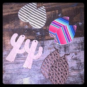 Lot of 4 leather earring sets